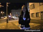 Publiczny agent wyruchał ją za pieniądze