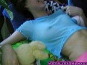 Młoda Rosjanka lubi amatorski seks
