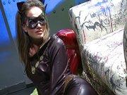 Superbohaterowie rżną kobietę kot