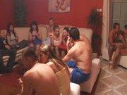 Seks party w mieszkaniu